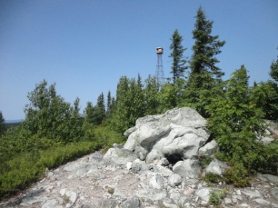 Fire lookout at the top of Maple Mountain (2014)