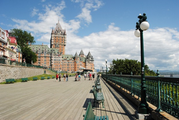 road-view-with-chateau-in-quebec-city-canada